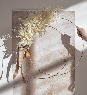 DRIED FLOWER HOOP – HOME DECOR